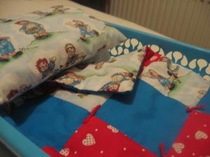 Raggedy Ann & Andy print quilt